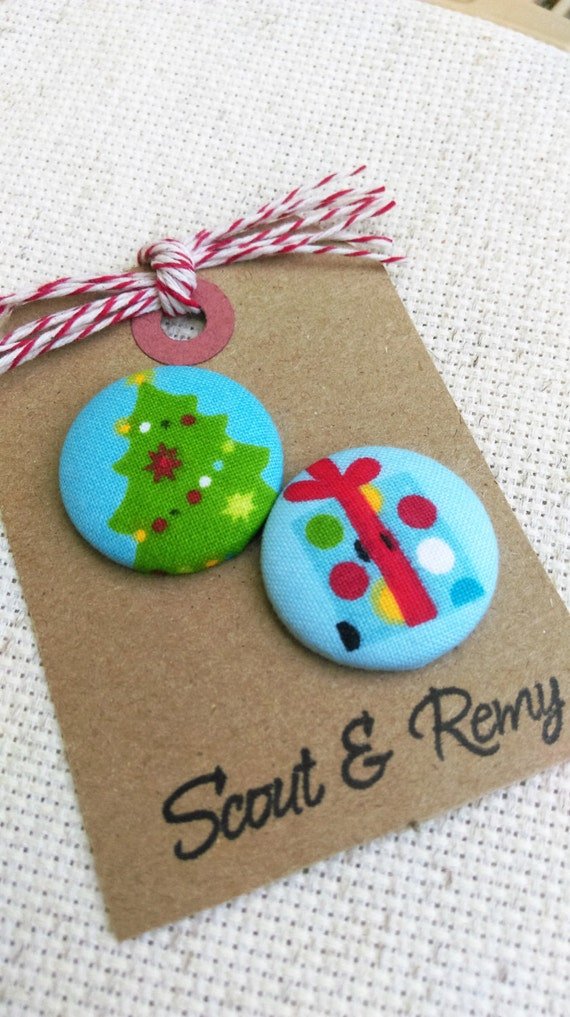 Christmas Tree and Present Needle Minder - 2 in 1 Reversible - Blue Red Green