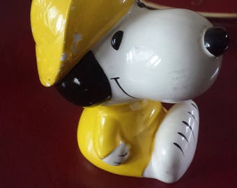 Vintage Ceramic Snoopy Coin Bank