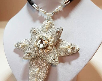 Necklace star•Embroidered necklace•Star pendant•Swarovski crystals necklace•Embroidery pendant•Pendant necklace
