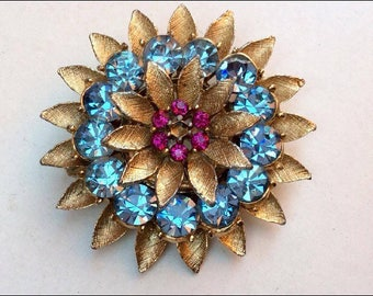 Vintage Jewellery, Vintage Brooch, Blue and Amethyst Rhinestone Cluster Brooch, Rhinestone Pin, Crystal Brooch, Vintage Pin, Vintage Jewelry