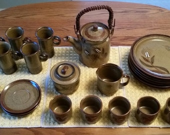 Japanese tea service
