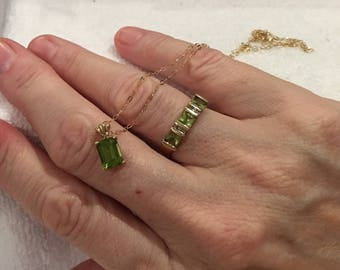 """Gorgeous Vintage 9ct Yellow Gold-PERIDOT and DIAMOND Ring-Matching 9ct Yellow Gold-PERIDOT and Diamond Pendant on 46cm (18"""") 9ct Gold Chain"""