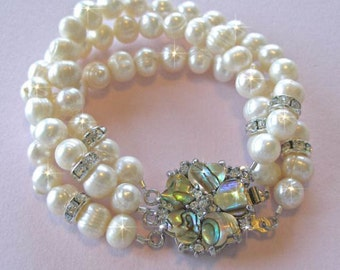 Handmade 3-Strand Freshwater Pearl Bracelet with Abalone Clasp (Pearl-495)