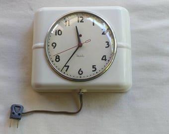 Westclox deco clock