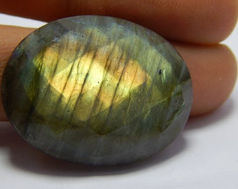 Natural Labradorite Gemstone Faceted Loose Cabochon Oval Shape Coper Power Flash  Size : 24X32 MM Approx Best Quality On Wholesale Price.