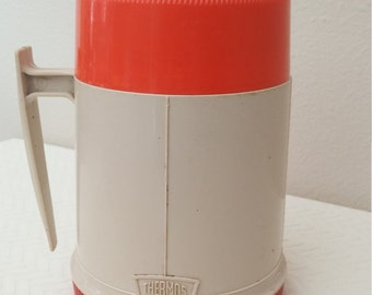Vintage Wide Mouth Plastic 10 Ounce Thermos Bottle, Vintage Tan Red and Orange Thermos Bottle, Thermos Bottle, Vintage Decor, Made in USA