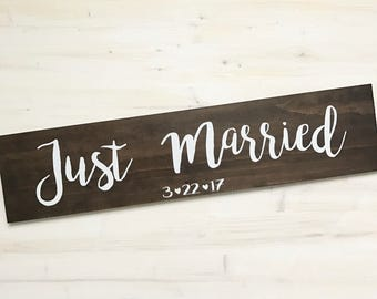 Just Married Sign (for wedding photos)