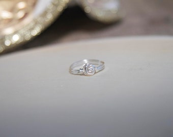 Rose Bud Wire Wrapped Ring, Wire Wrapped Jewelry, Handmade, Bead Wire Wrapped Rings, Gift for Her