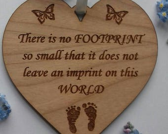 Baby Loss heart, sympathy, miscarriage gift, bereavement gift, wooden heart memorial, stillbirth, footprint