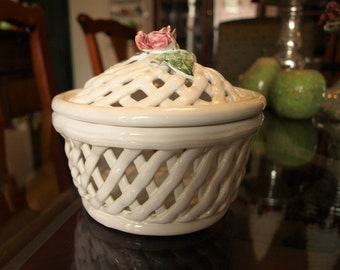 Vintage Handmade White Porcelain Savoir Vivre Lattice Bowl / Basket with Lid from Portugal