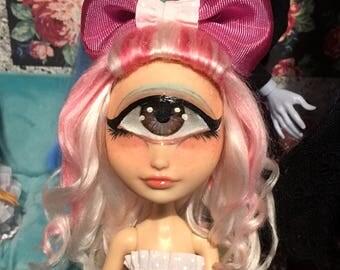 Cyclops Leo OOAK Ever After High doll,repaint, custom Raven Queen artdoll