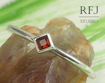 Kite Earth Mined Garnet January Silver Ring, Princess Cut 2x2 mm Red Garnet Promise Ring Tiny Rhombus Setting Engagement Garnet Stacked Ring