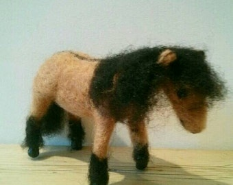 Felted Highland pony - yellow dun , handmade, British, native, Scottish pony, gift, wool, clay hooves, horses equestrian, mother's day,