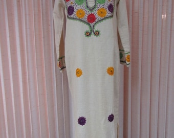 1970s woven Caftan with Embroidered Mirror Details