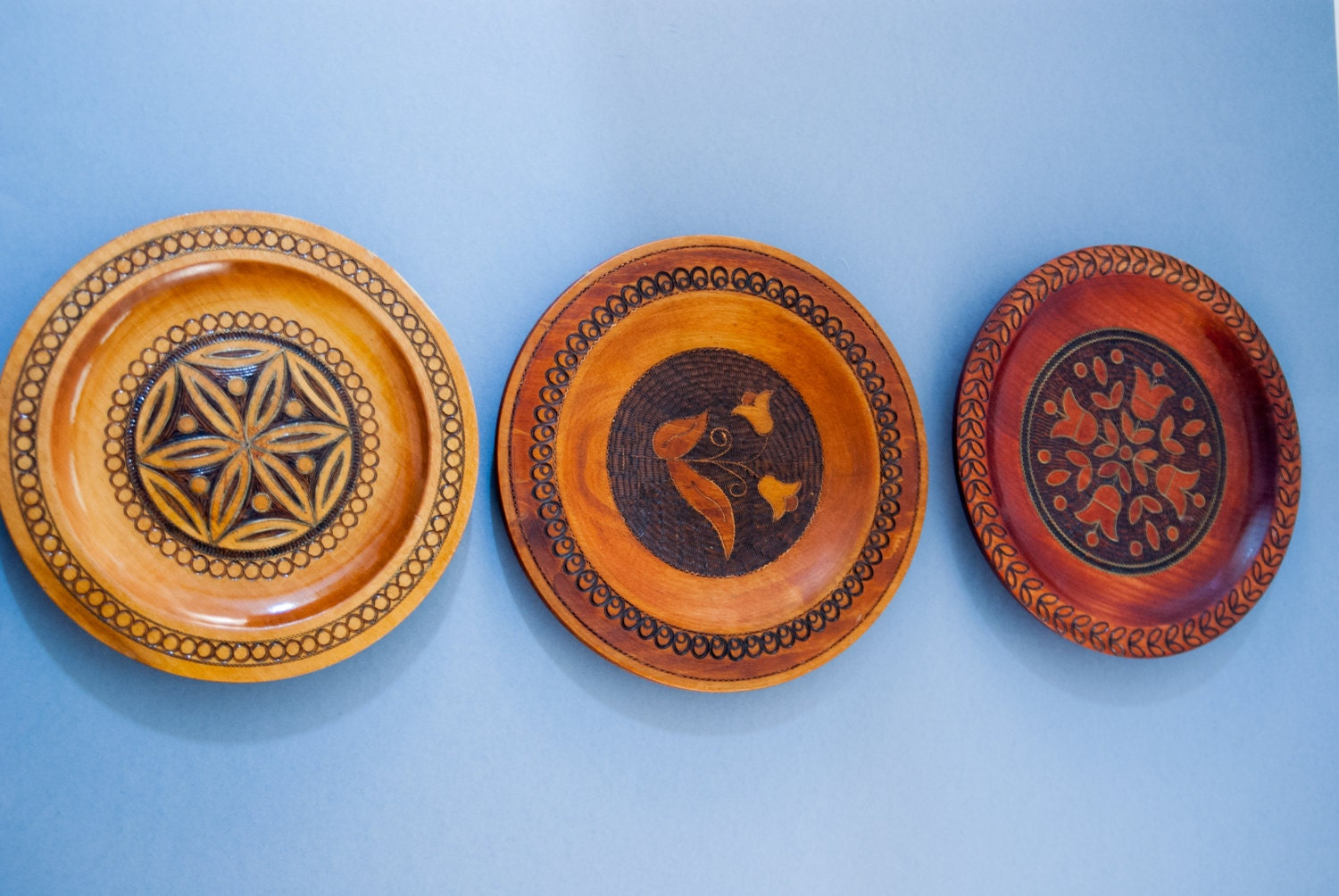 Decorative Wall Plates : Decorative wooden plates set wall hanging plate vintage