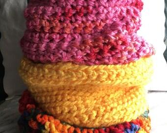 6m to 3yr crochet cowls