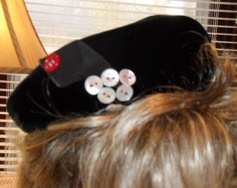 Vintage Black Velvet Hat Gwenn Pennington Exclusive Tam Retro Buttons Grosgrain Ribbon Free Shipping