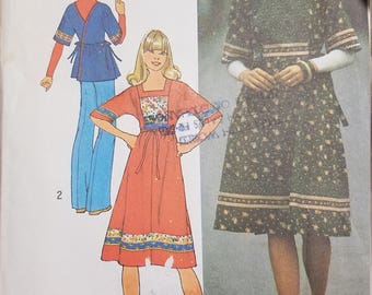 1973 Simplicity 7622 Misses Back-wrap dress or top Medium