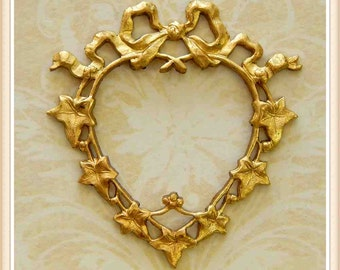 brass, raw brass, french, heart, charm, embellishment, vine, valentine, vintage, ivy, 1 piece E0083