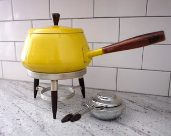 Vintage Fondue Set, yellow saucepan wood handle, yellow fondue wood handle, vintage fondue set with stand and burner, retro fondue set