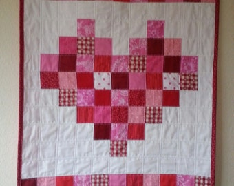 Quilted patchwork heart wall hanging