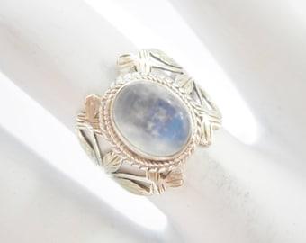Moonstone Ring, Sterling Ring, Vintage Ring, Moonstone Band, Sterling Silver 1.3 Carat Cabochon Moonstone Band Ring Sz 5.5 #2939