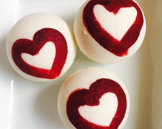 Passionate kissess valentines bath bomb , bath bombs , wholesale bath bombs love bath bombs