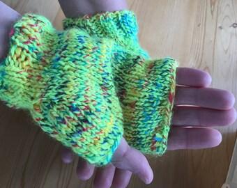 Jellybean fingerless gloves
