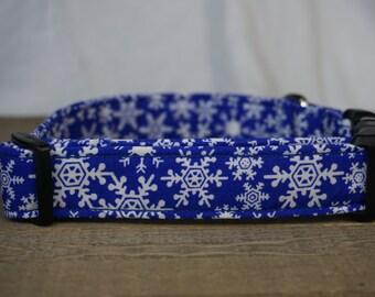 Christmas Dog Collar. Blue and White Snowflake. Holiday Decor. Christmas Gift.