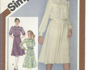 Simplicity, 9767, Misses, Dress, Sewing Pattern, Peter Pan Collar, Puff Sleeve, Vintage 1988, Uncut, Size 12, Miss Petite, Womens, Clothing