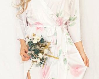 Satin Floral Bridesmaid Robes,Bridesmaid Gift,Bridesmaid Robe,Floral Robe,Floral Bridal Robe,Bridal Robe,Satin Floral Robe,Satin Robe