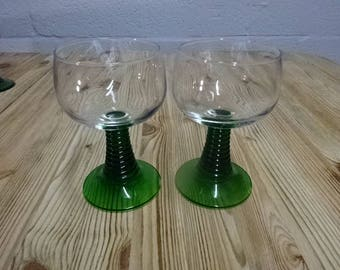 A Pair of Arcoroc France Thick Green Spiralled Stem Glasses/Vintage/1960s