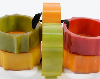 Set of 6 Colored Catalin Napkin Rings   366
