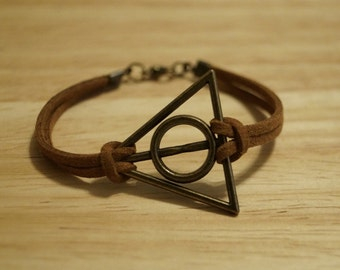 Deathly Hallows Bracelet / Free Domestic Shipping / Harry Potter Jewelry / Harry Potter Bracelet / Women's Jewelry / Suede Bracelet
