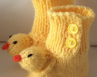 Babies Handmade Knitted Yellow Duck Chick Head Booties Size 0-3 months -  Birth/Baby Shower Gift/Gift Wrapped