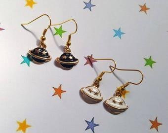 Planet earrings, Saturn earrings, Space jewellery, Outer space jewellery, Dangle earrings, Galaxy earrings, Galaxy jewellery, Saturn