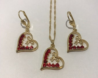 CLEARANCE - Set vintage earrings and pendant necklace with heart and Red Rhinestones, gold jewelry together.
