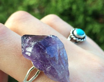 Chunky purple amethyst point ring