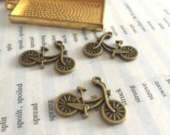 100Pieces /Lot Antique Bronze Plated 26mmx18mm bike Charms