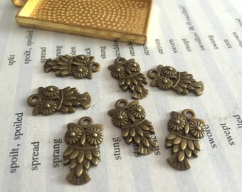 20Pieces /Lot Antique Bronze Plated 20mmx11mm owl Charms