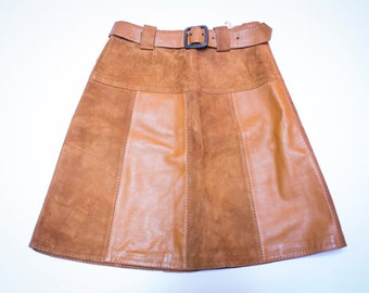 Brown leather skirt with belt