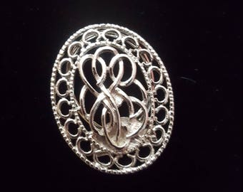 Oval Metal Scarf or Sash Pin, Accessory Pin Vintage, Scarf Holder, Scarf Clip