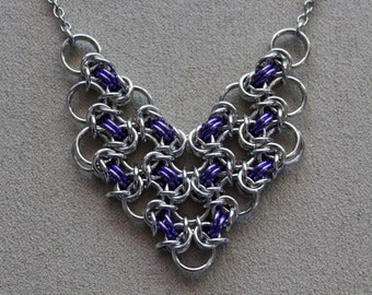 Chainmaille Necklace, Byzantine Chevron Pendant, Chainmaille Pendant, Purple, Silver, Chainmaille Jewelry