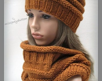 Chunky knit cowl - winter cowl - warm knitted scarf - infinity loop