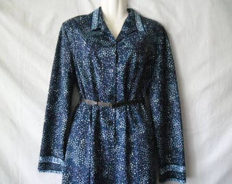 Vintage  Midi Casual Blue Dress With  Floral Print Long Sleeves  Buttons Front Boutigue Actuel