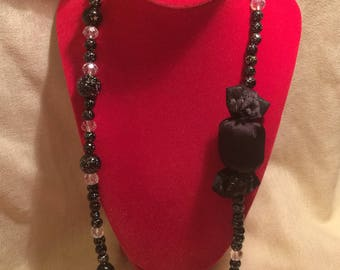 Bon bon black silk necklace