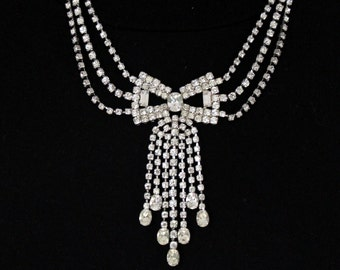 Beautiful necklace, rhinestone, Rhinestone, chain, necklace, Bridal necklace, Party, bow * free shipping *