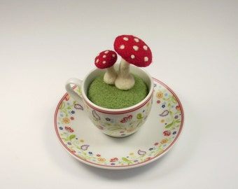 Luck in the Cup, fly agaric in mocha Cup, felted, one of a kind, good-luck charm