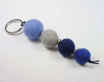 Keychain felted light grey blue felt beads