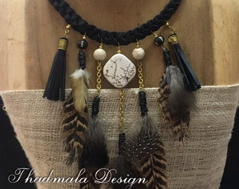 feaher gypsy  necklace